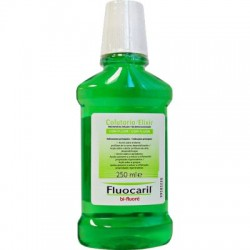 Colutorio Fluocaril. 250 mL